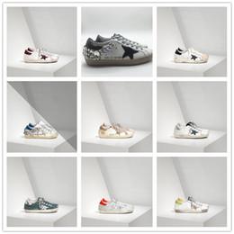 Zapatos ggdb online-2019 Golden Goose Deluxe Brand GGDB diseñador de moda zapatillas de deporte de cuero genuino para mujer para hombre zapatos casuales Gooses entrenador SUPERSTAR G-0013