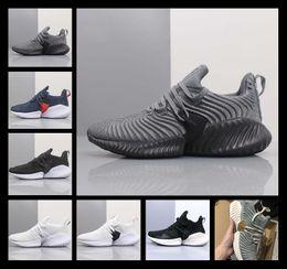 2019 zapatillas ligeras [Con reloj deportivo] barato AlphaBounce Más allá W zapatos corrientes de peso ligero de los hombres al aire libre Entrenadores clásicos de diseño para deportes tamaño de los zapatos 36-44 zapatillas ligeras baratos