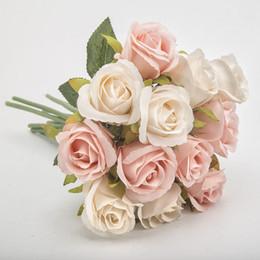 kunststoff-lametta Rabatt 12st Künstliches Rose Silk Blumen Kleine Bouquet Flores Hochzeit Festliche Zuhause-Party dekorative Blumen Supplies 0009FL