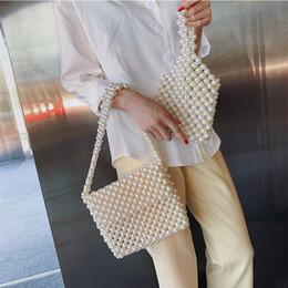 2019 tisser un sac perlé Sacs d'épaule de femmes tissés à la main de l'été sacs d'épaule de femmes acrylique sac à main de perles élégant pochette d'embrayage dames main tisser un sac perlé pas cher