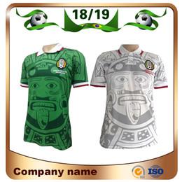 2019 la maglia del mondo del calcio del mexico jersey 1998 Retro Edition Mexico Soccer Jersey 1998 World Cup Soccer Camicia Messico Home blu Soccer Shirt Away bianche uniformi da calcio a maniche corte la maglia del mondo del calcio del mexico jersey economici