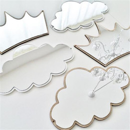 Espelhos para paredes de casa de banho on-line-Crianças Dos Desenhos Animados Espelho Decorativo Do Banheiro Do Bebê Do Quarto Do Coelho Estrela de Madeira Acrílico Espelho Moldura Criativa Casa Decoração de Parede Arte