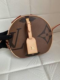 Pequeno padrão de saco de corpo cruzado on-line-BOITE CHAPEAU SOUPLE G Cruz Carta Padrão corpo Bag redonda pequena bolsas Rivoli Brown Leather Crossbody Mini Boite Chapeau souple sacola