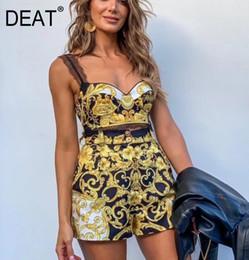 sutiã novo estilo Desconto DEAT 2019 New Strapless Impresso Bra Sexy e cintura alta Shorts Two Pieces Set Beach Vacation Ternos Styles WF80607 Verão Y190923