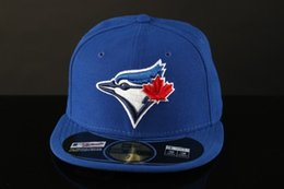 Boné toronto on-line-Toronto On Field Men Baseball Equipado Chapéus Esporte Equipe Logotipo Bordado azul jays Completo Fechado Caps Fora Porta Moda Óssea Cor azul