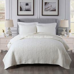 Livraison gratuite style américain brodé couleur unie beige / blanc patchwork couette coton couvre-lit complet / queen taille couvre-lit AL ? partir de fabricateur