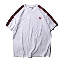 camisas estilo mariposa Rebajas 2019 Verano Estilo Mariposa Bordado Mujeres Hombres Camisetas camisetas Hiphop Streetwear Hombres Algodón Camiseta de Rayas Laterales