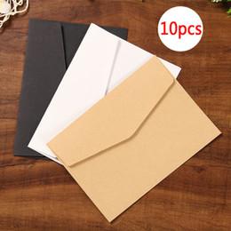 Черная бумажная оболочка онлайн-10pcs/sett Black White Craft Paper Envelopes Vintage Retro Style Envelope For Office School Card Scrapbooking Gift