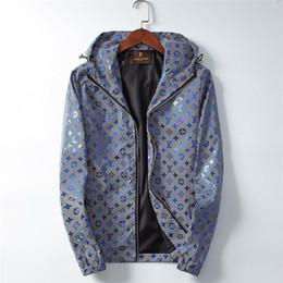 immagini di hoodies Sconti Lussi Brand Design G Giacca laser riflettente Stampa Giacca a vento con cappuccio colorato luminoso Immagine Abbigliamento Uomo Giacche Y89