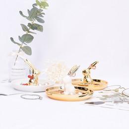 Brincos de porcelana branca on-line-[DDisplay] Porcelana de Ouro Coelho Bandeja De Jóias Pulseira Personalizada Organizador Branco Placa Glamour Little Girls Brincos Titular de Exibição