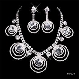 2019 Parlak 15033 Takım Küpe Kristal Düğün Gelin Yuvarlak Kolye Moda Gelin Jewel Setleri Akşam Parti Takı nereden
