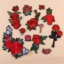 2019 apliques de peônia Rose Rich Peônia Flor Conjunto Bordado Patches para Roupas Ferro na Roupa Derss Apliques Emblema Listras Etiqueta de Costura Handwor desconto apliques de peônia