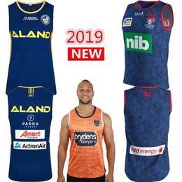 2020 camiseta de fútbol de australia Australia 2019 2020 Penrith Panthers SINGLET Parramatta Eels Inicio de rugby de los jerseys tigres de Wests caballeros singlete camiseta de rugby camisa NRL camiseta de fútbol de australia baratos