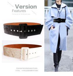 Compre Nuevo Diseño De Cinturón Ancho Vestido De Mujer Cinturones Decoran  La Moda De Plata Pin Hebilla De Terciopelo Cinturón De Fiesta Cinturón De  Franela ... c24a7a719f96
