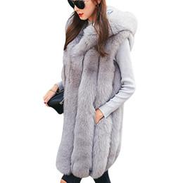 Maglia con cappuccio in pelliccia online-Nuovo design caldo cappotto in pelliccia sintetica gilet donna gilet invernale con cappuccio spesso rosa capispalla lunga elegante giacche da donna taglie forti S-3XL
