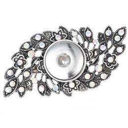Deutschland 2019 neue blume hohl kristall Pins Brosche Fit 18mm Druckknopf Brosche Für Frauen Hochzeiten Broschen Pins Geschenk cheap ring brooch Versorgung