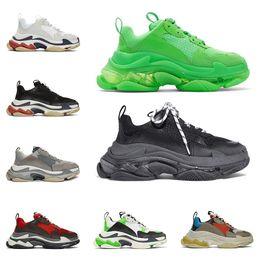 Scarpa al neon online-Retro Balenciaga triple s fashion designer scarpe di lusso per uomo donna trasparente suola verde neon nero bianco rosso mens scarpe da ginnastica sneakers piattaforma