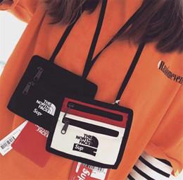 2019 cerniera piccola tasca di cotone Unisex di lusso del progettista Mini borse borse di marca Crossbody pacchetto di Fanny Sup + Le borse a spalla nord Portafogli Viso Sport Petto Bag B81503