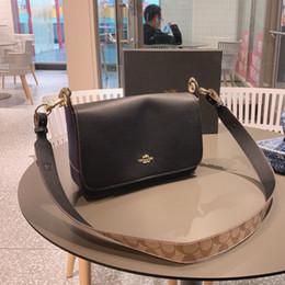 Due zaino di cinghia online-Women shoulder bag 2019 retro simple two-color diagonal backpack size 28*18cm WSJ005 high quality wide strap shopping packgae