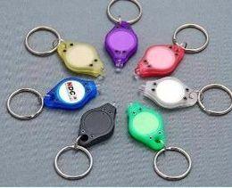 piccole luci portachiavi a led portachiavi Sconti Mini torce raggi ultravioletti neri Luce UV Money Detector LED Keychain Lights Multicolor Piccolo regalo DHL libero 111