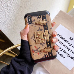 2019 caso d'argento dell'annata Custodia classica per telefono con staffa di blocco per Apple iPhone X Xs Max XR 8/7/6 Plus Custodia protettiva scozzese per cellulare con motivo vintage vintage sconti caso d'argento dell'annata