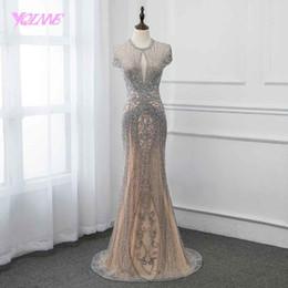 Vestido de noche largo desnudo de la vendimia online-Nueva colección 2019 Glitter Silver Rhinestones Vestidos largos de noche Elegante Desnudo Tul Pageant Vestido de las mujeres Vestido Vestidos Yqlnne Y190525