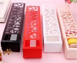 Rote weiße hochzeitstorten online-15 stücke Lange Papier Macaron Verpackung Box Weiß Schwarz Rot Hohle Kuchen Cookies Verpackung Box Hochzeit Party Favor Geschenkboxen