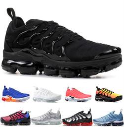 2019 las mejores zapatillas baratas para hombre. Baratos mejores zapatos para correr al aire libre Hombres Mujeres Hyper Azul Violeta Gris Diseñador Triple hombre blancas Negro Diseñador Trainer Sport zapatillas de deporte rebajas las mejores zapatillas baratas para hombre.