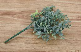 2019 accessori di disposizione dei fiori Accessori di disposizione dei fiori della pianta di verde di simulazione del fiore di simulazione dei rifornimenti di cerimonia nuziale con le vendite dirette della fabbrica all'ingrosso dell'erba accessori di disposizione dei fiori economici