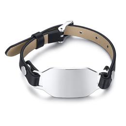 gravura de couro pulseiras Desconto Bracelete em aço inoxidável e couro preto Pulseira de barra de metal em branco Tags de carimbo em branco Gravura personalizada gratuita