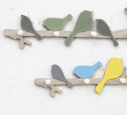 2019 décorations de porte en bois Creative Home Decor Intérieur Oiseau En Bois Manteau Crochet Rail Vêtements Cintre Enfants Chambre Salon Porte Mur Suspendus Décorations lp0105 promotion décorations de porte en bois