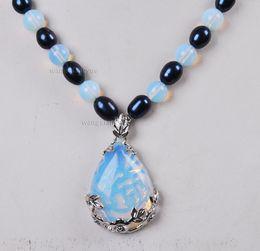 colgante de perlas akoya negro Rebajas Collar de perlas cultivadas Akoya negras / piedra lunar de Sri Lanka (28x35 mm) collar de 18 pulgadas