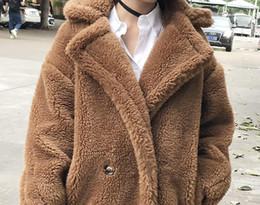 mujeres de sombrero de piel real verde Rebajas 7 colores S-XL Casual Mujer Lana peluche largo abrigo para mujer 2018 Invierno color sólido Loose Femenino engrosamiento abrigo de lana Blends