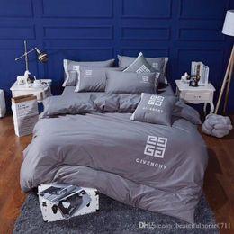 ägyptische baumwollbettwäsche setzt lila Rabatt Luxus Designer Klassiker bestickten Baumwolle Bettwäsche Heimtextilien 4 Stück 1 Set Familiengeschenk Bettwäsche liefert neu Geschenk an