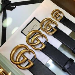 TOP hombres cinturón para mujer de alta calidad de cuero genuino de color blanco y negro diseñador de cuero de vaca cinturón para hombre cinturón de lujo envío gratis desde fabricantes