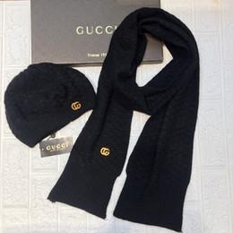 Lenços de malha para mulheres on-line-GUCCI 2019 inverno qualidade superior de luxo Designers MEN Womens tricô Chapéus Lenços Define casquette gorro chapéus bonnet de cappelli Firmati tampas G01