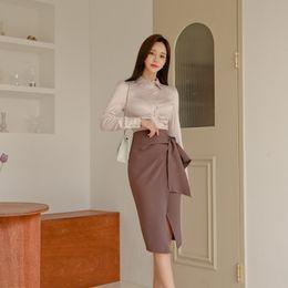 2020 modelos de camisas coreanas 2019 modelos de outono e inverno coreano single-breasted magro camisa + saia de fenda lado rendas Único Breasted modelos de camisas coreanas barato