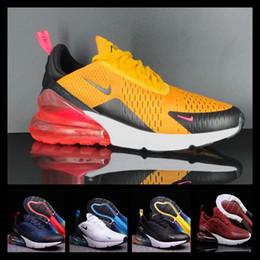 2019 спортивные наручные часы [Со спортивными часами] Designer shoes men women Nike 270 AIR MAX Спортивные кроссовки высочайшего качества для мужчин и женщин с тройными черными спортивными кроссовками Off Maxes дешево спортивные наручные часы