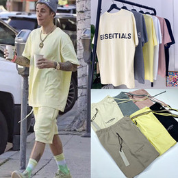 Justin bieber hemden für männer online-New FEAR OF GOD T-Shirts Shorts Set FOG Essentials-3M Reflective Oversize Top Bottom Set für Männer Frauen Justin Bieber Lässige Street