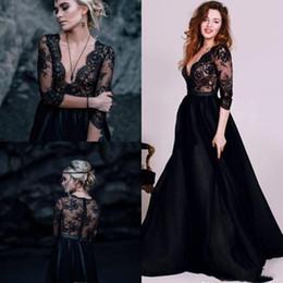 2dc7052709 vestido largo negro atractivo del cordón Rebajas Vestidos de novia de playa  en blanco y negro