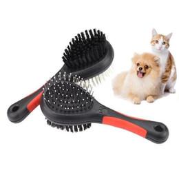 Массажный пластик онлайн-Двухсторонняя щетка для волос для собак Двухсторонняя щетка для ухода за домашними животными Грабли Инструменты Пластиковый массажный гребень с иглой