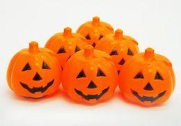 esqueletos plásticos halloween atacado Desconto Abóbora de Halloween Lanterna Lanterna Noite Lanterna Esqueleto Projetos de Decoração de Esmalte de Plástico Pequenos Brinquedos Presente Fábrica Atacado
