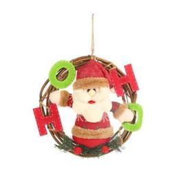 Ghirlanda dei giocattoli online-Albero di Natale appeso bambola Pendenti Corona ornamenti murali Porta decorazione giocattolo Rattan Garland Snowman Babbo Festival Partito Home Decor