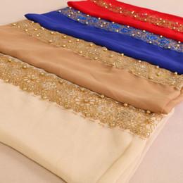 écharpes de hijab de dentelle Promotion Nouveau musulman dentelle unie perle floral Hijab fleur de paillettes turban écharpe Islam femelle qualité mousseline de soie perles châle Wrap foulard