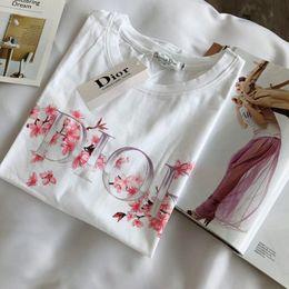 19ss femmes designer t-shirts mode d'été top fleurs manches courtes filles vêtements livraison gratuite ? partir de fabricateur