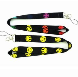 Teclas sonríen online-Cara sonriente Correas de cordón Marca de ropa Llavero Llaves de teléfono Identificaciones de la cámara Titular de la insignia Cordón para el cuello