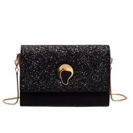 2019 diseño de bolsa de embalaje pequeño Personalidad de la moda Lentejuelas Bolsas Pequeñas Mujeres Nuevos Bolsos de Hombro Salvajes Diseño de Marca PU Paquetes de Mensajero de Cuero Cadena Cuadrada Paquetes diseño de bolsa de embalaje pequeño baratos