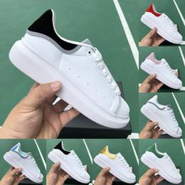 2019 Velours Noir Hommes Femmes Chaussures Décontractées Belle Plate-forme Vintage Baskets De Luxe Designers Chaussures En Cuir Unicolore Formateur ? partir de fabricateur