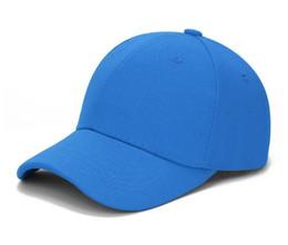 Mezcle 10 piezas Gorra de béisbol Clásico ajustable liso Sombrero Hombres Mujeres Unisex color blanco negro azul desde fabricantes