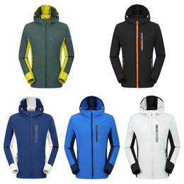logotipos rápidos Desconto Homens casacos de inverno 5 cores Designer Única Camada Outdoor Sports Windproof Quick Dry Correndo Outwear Com Logo 3pcs LJJO7206